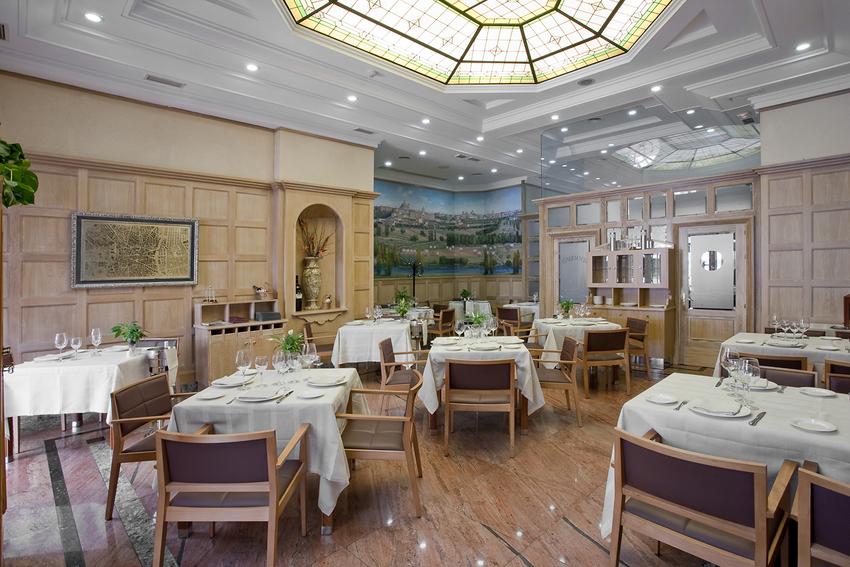 Hotel vp jard n de recoletos en madrid bookerclub for Hotel vp jardin de recoletos