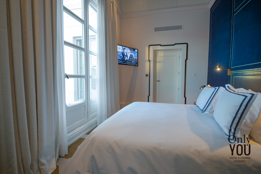 Only you hotel lounge madrid en madrid bookerclub for Only you hotel