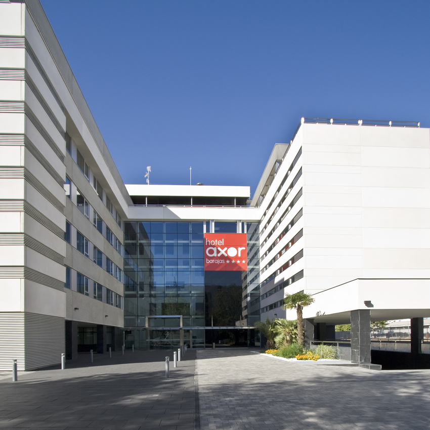 Hotel axor barajas en madrid bookerclub for Booker un hotel